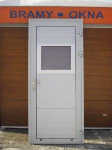 Drzwi aluminiowe białe